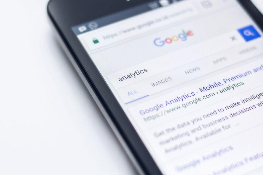Online Digital Marketing for Mobile results | Soaring SEO